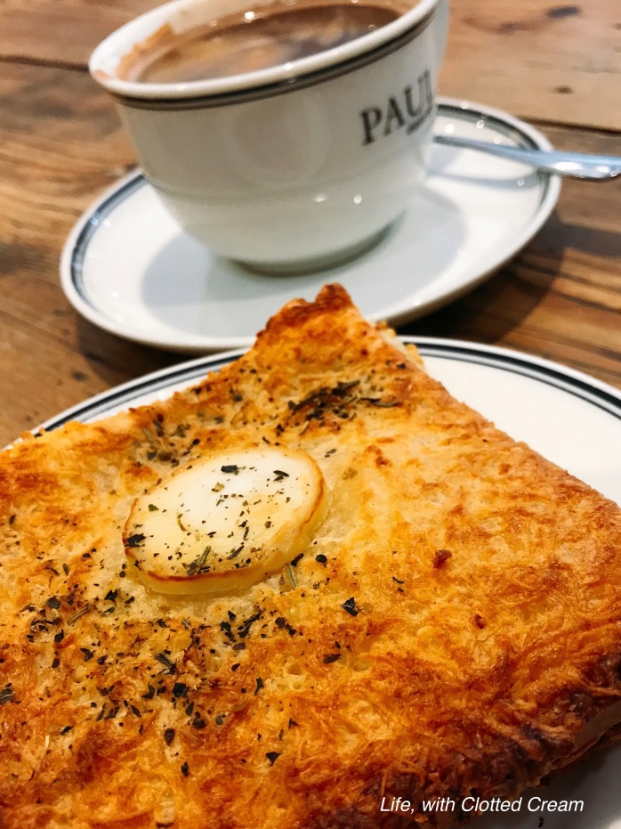 Coffee and Croque Florentine at Paul Bakery