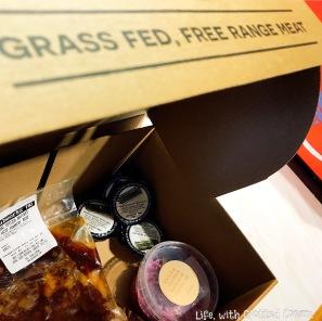 Box of beef brisket and coleslaw