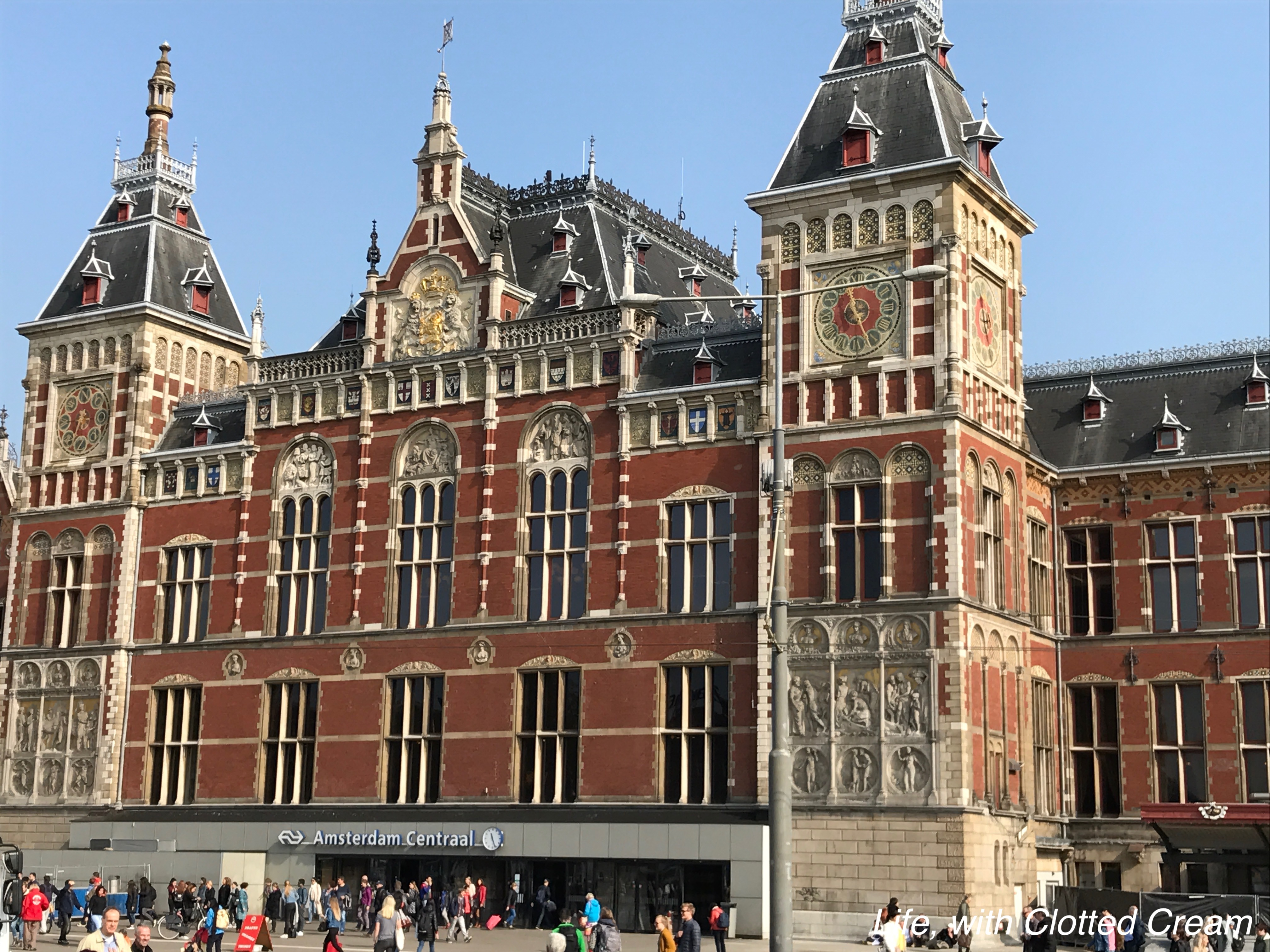 Magnificent Amsterdam centraal
