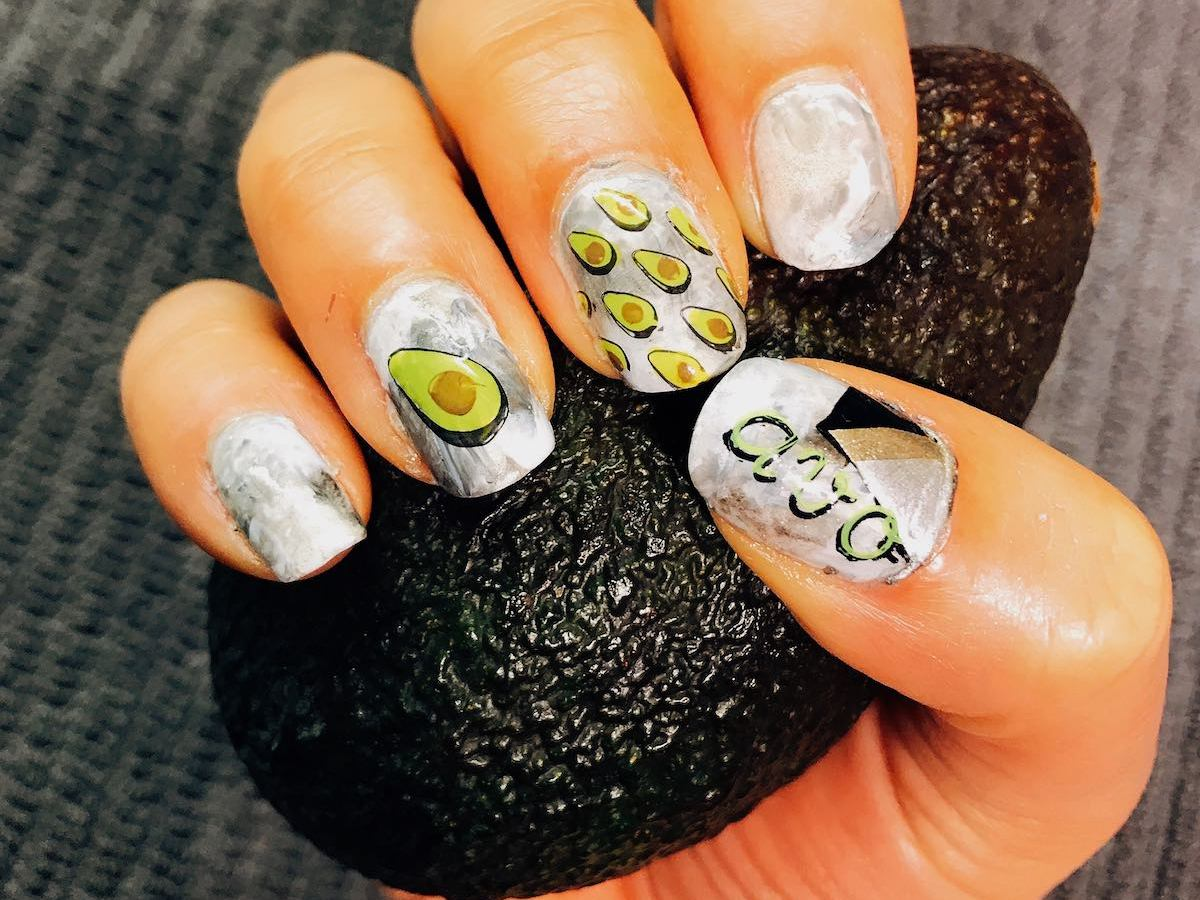 Nail art avocado