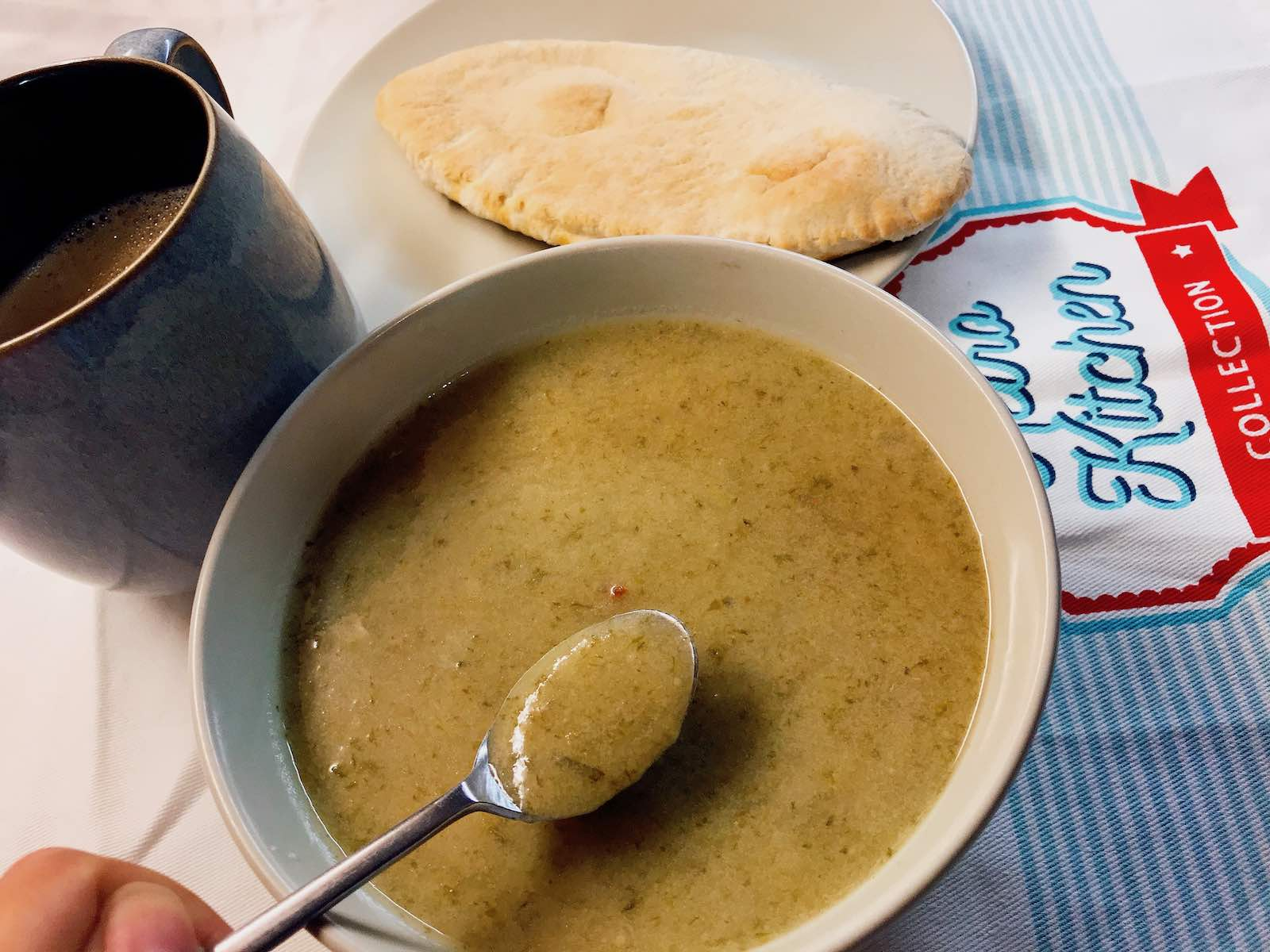 Lettuce soup and pitta bread