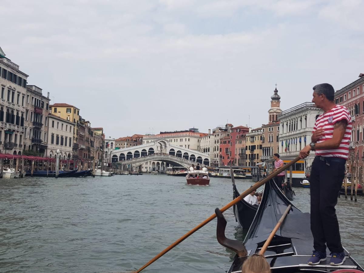 View of the Rialto bridge from a gondola
