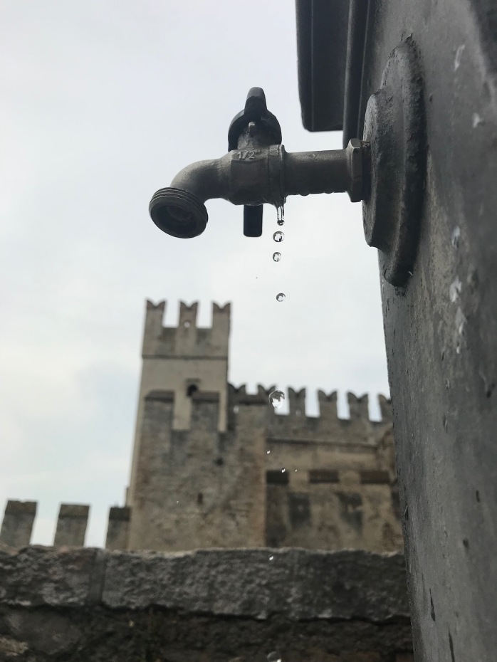 Tap with drops in Sirmione